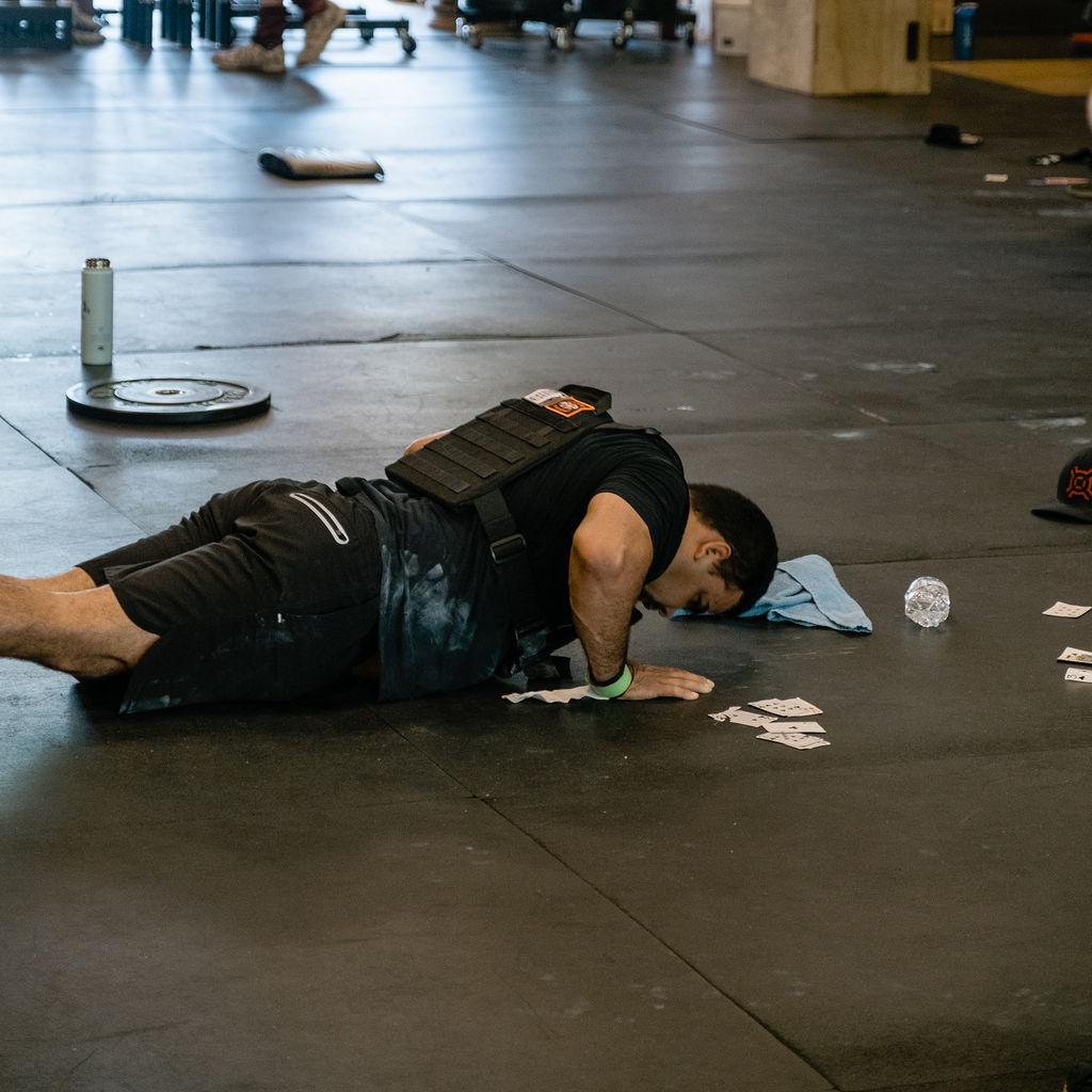 Cesar CrossFit Push Up Murph